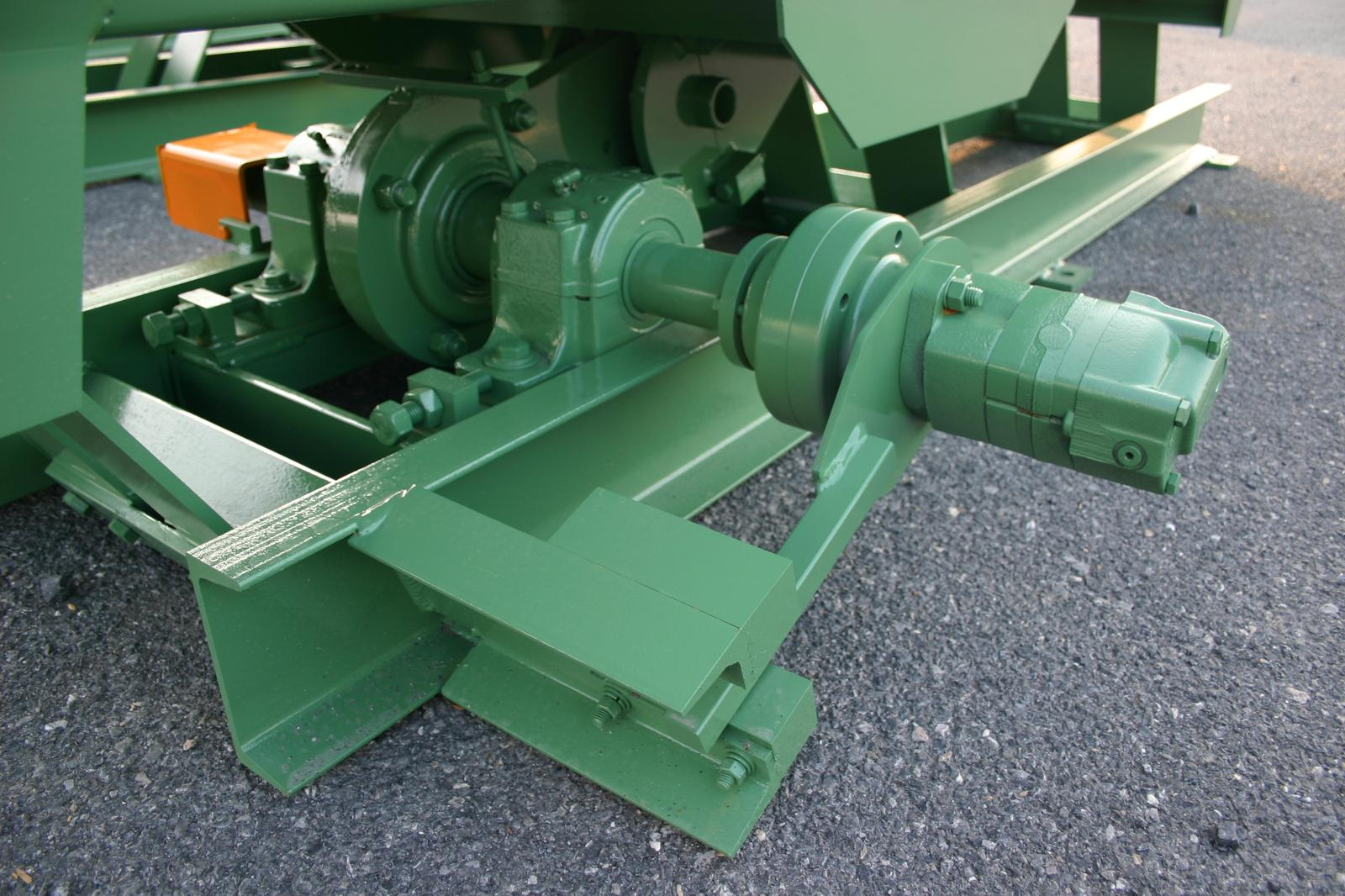 Hydraulic Conveyor Drive : Mellott manufacturing co inc